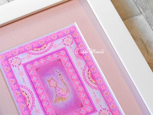 猫 ピンク 紋様色彩画