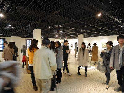 クリスマス 横浜 赤レンガ倉庫 展示