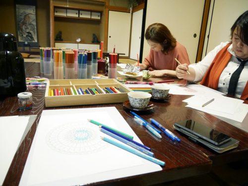 紋様色彩画ぬりえと写線画の会