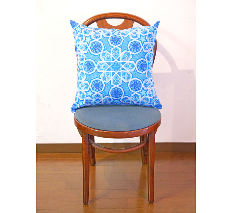 cushion-syukuhuku